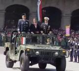 Peña Nieto pasa revista a las tropas que participan en Desfile Militar