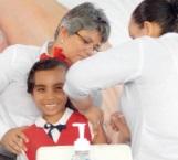 Previenen el cáncer en niñas