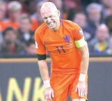 ¡Holanda y Robben fuera!