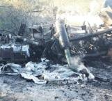 Muere calcinado trailero en choque