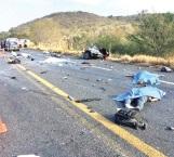 Otro carreterazo con 6 fallecidos
