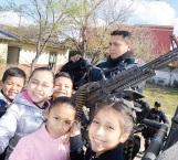 Disfrutan peques 'Un día con tu Policía' en escuela