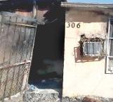 Arrasa fuego con vivienda