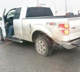 Provoca choque al maniobrar mal en carretera