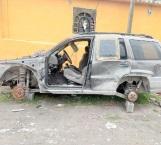 Encuentran una camioneta abandonada y era robada