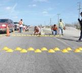 Instalan reductores de velocidad en la carretera San Fernando