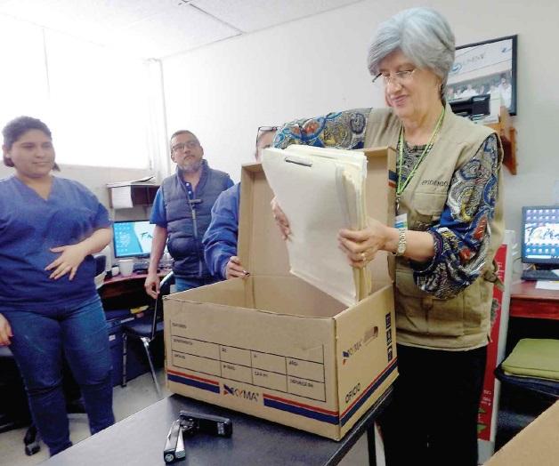 Comienzan preparativos para cambiar de oficinas temporales for Oficinas temporales