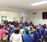 Reclaman pronta liberación de gastos médicos los empleados del ayuntamiento
