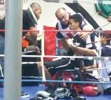 Auxilia Cruz Roja en evento de box