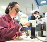 Debe sector empresarial apoyar desarrollo de jóvenes científicos