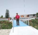 Instalan puente peatonal para El Olmo y Arboledas