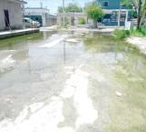 Vecinos 'se fuman' por años  las aguas negras