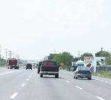Sujetos armados asaltan a conductor en carretera