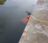 Flota cuerpo de hombre en el Canal de la Cortadura