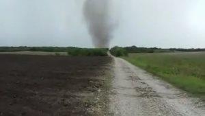 Avistan ligero tornado en el área de San Fernando