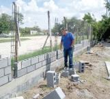 Inician construcción de un tramo de barda perimetral