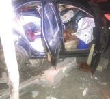 Tragedia en carretera; mueren 2; uno policía