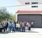 Protestan frente a residencia de secretario de Obras Públicas
