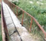 Piden reponer o reparar puente peatonal dañado con el paso del tiempo