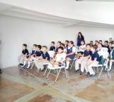Conferencias a estudiantes en la Casa de la Tierra