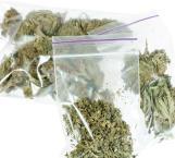 Que controlen con receta médica el uso de la marihuana