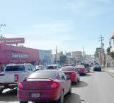 Trabajos de recarpeteo y semáforos descompuestos provocan caos viales