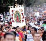 Fiesta del pueblo celebración a la Virgen de Guadalupe