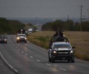 Emboscan a policías estatales; uno herido