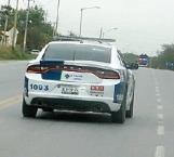 Sujetos armados despojan vehículo