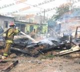 Se quema vivienda en la colonia Rosalinda Guerrero