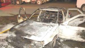 Provoca incendio falla en vehículo