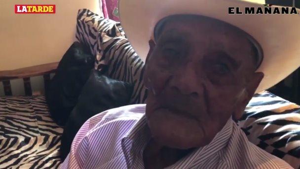 Festeja Manuel su cumpleaños 104