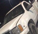 Policías aseguran camioneta blindada