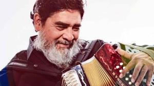 Fallece el cantante y acordeonista Celso Piña