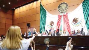 Avanzan leyes educativas con el acuerdo AMLO-CNTE