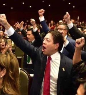 Sepultan reforma CNTE y Congreso