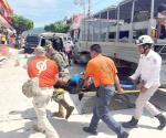 Mueren 2 africanos tras volcar lancha
