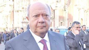Confirma renuncia Romero Deschamps