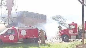Arden pacas de algodón