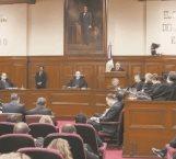 Corte declara que no pueden retener papeles las escuelas privadas