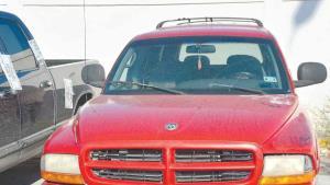 Capturan camionetas usadas en agresiones