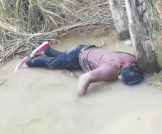 Rescatan cadáver que flotaba en el Bravo