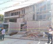 Cae losa en construcción y terminan 9 lesionados, 5 graves