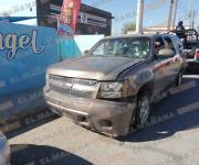 Tras balaceras, aseguran dos autos; un Nissan Xtrail con reporte de robo
