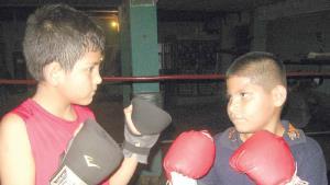 Diego Flores vs. Alex Rubaldino