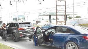 Choca camioneta que vale un millón de pesos