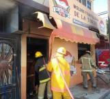 Incendio en tortillería acaba con todo