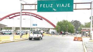 Convoca cónsul a no cruzar a México
