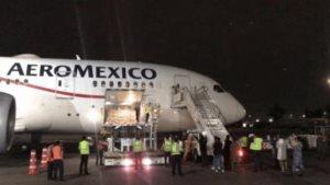 Llega a México avión con insumos médicos de China