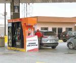 Asaltan dos gasolineras